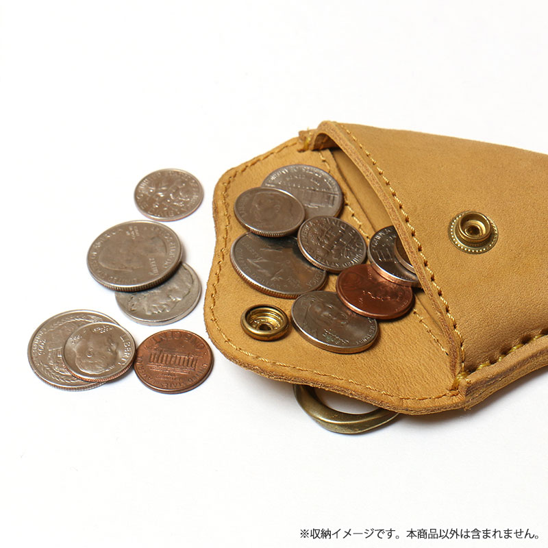 "<div align=""right"">Fin Desigh-Leather Wallet<br />Yellow ¥5,600+tax</div>"